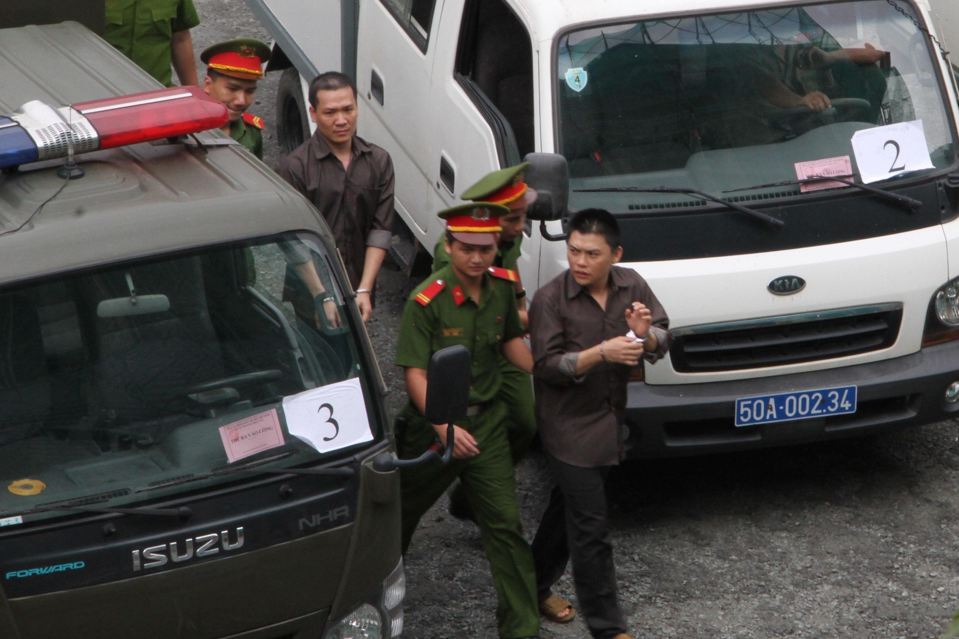 Vietnam: 14 condannati per terrorismo