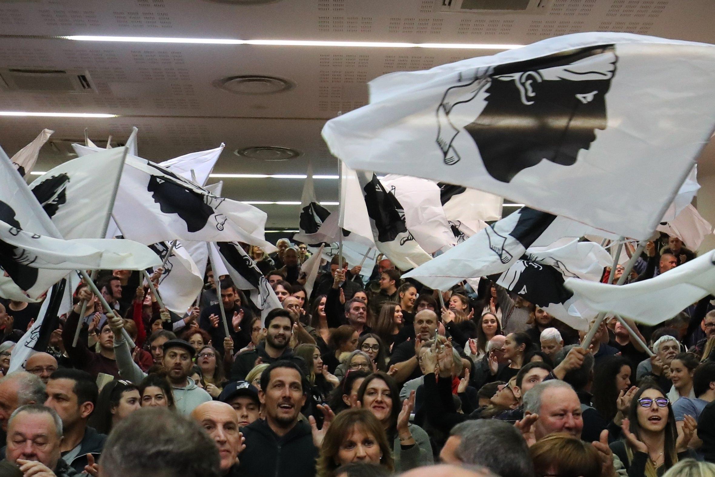 Francia: territoriali, Corsica al voto