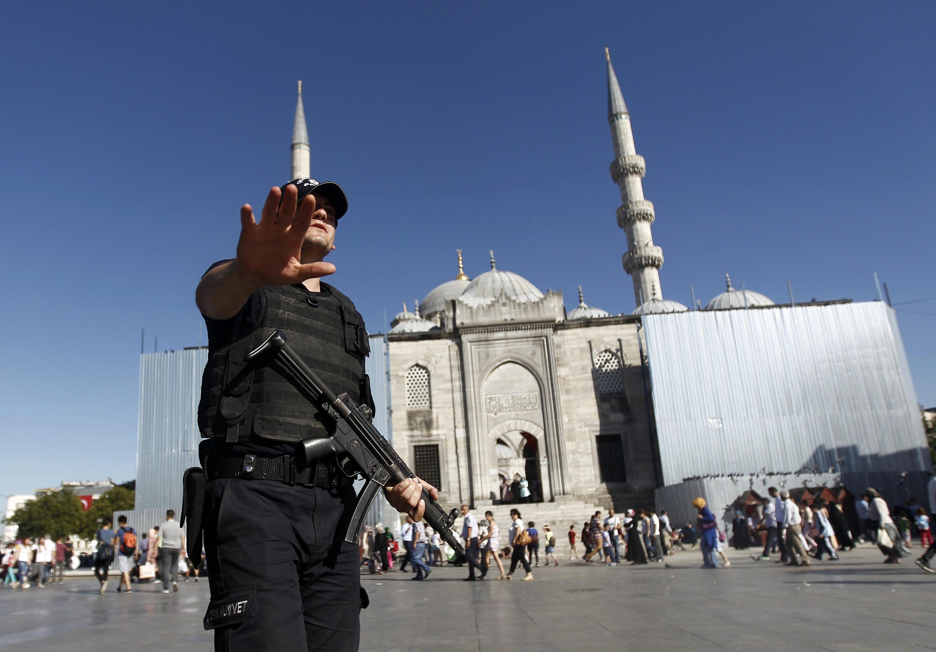 Turchia: blitz anti-Isis, 26 arrestati