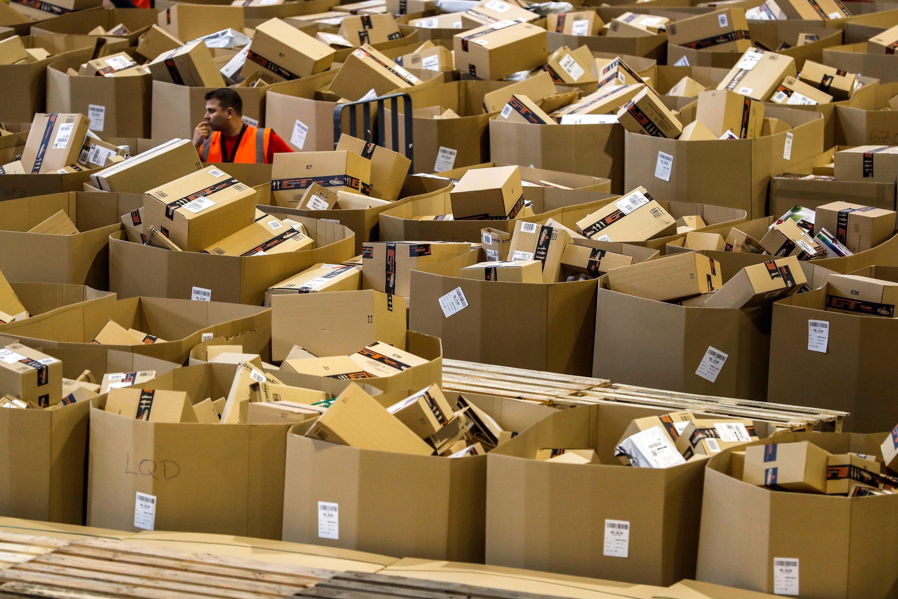 Amazon.Agcom,rispetti norme poste