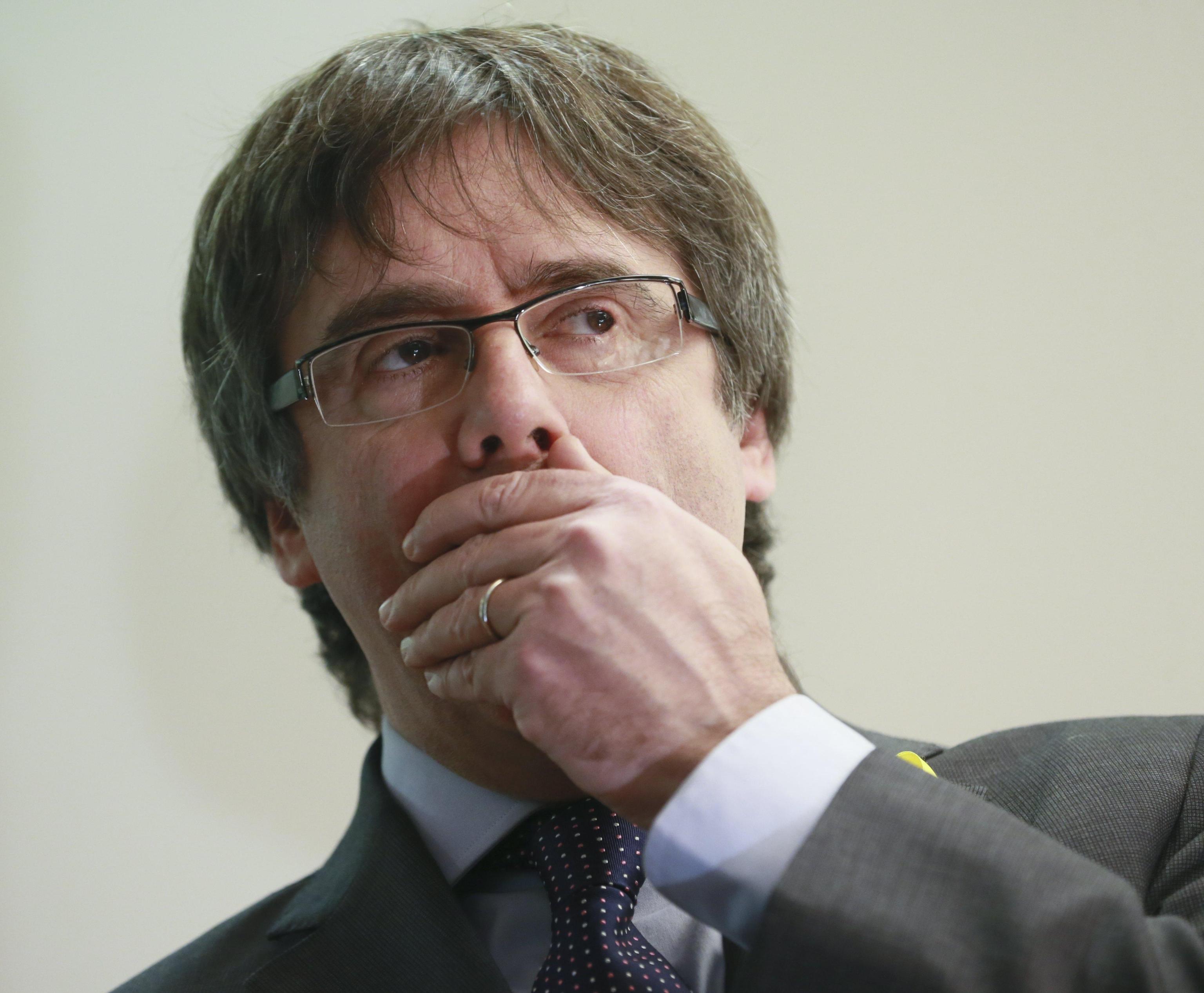 Bagno folla per Puigdemont a Bruxelles