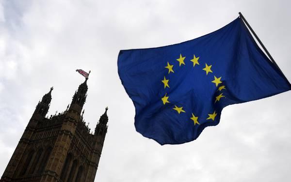 Brexit, ok dall'Ue all'avvio della seconda fase dei negoziati