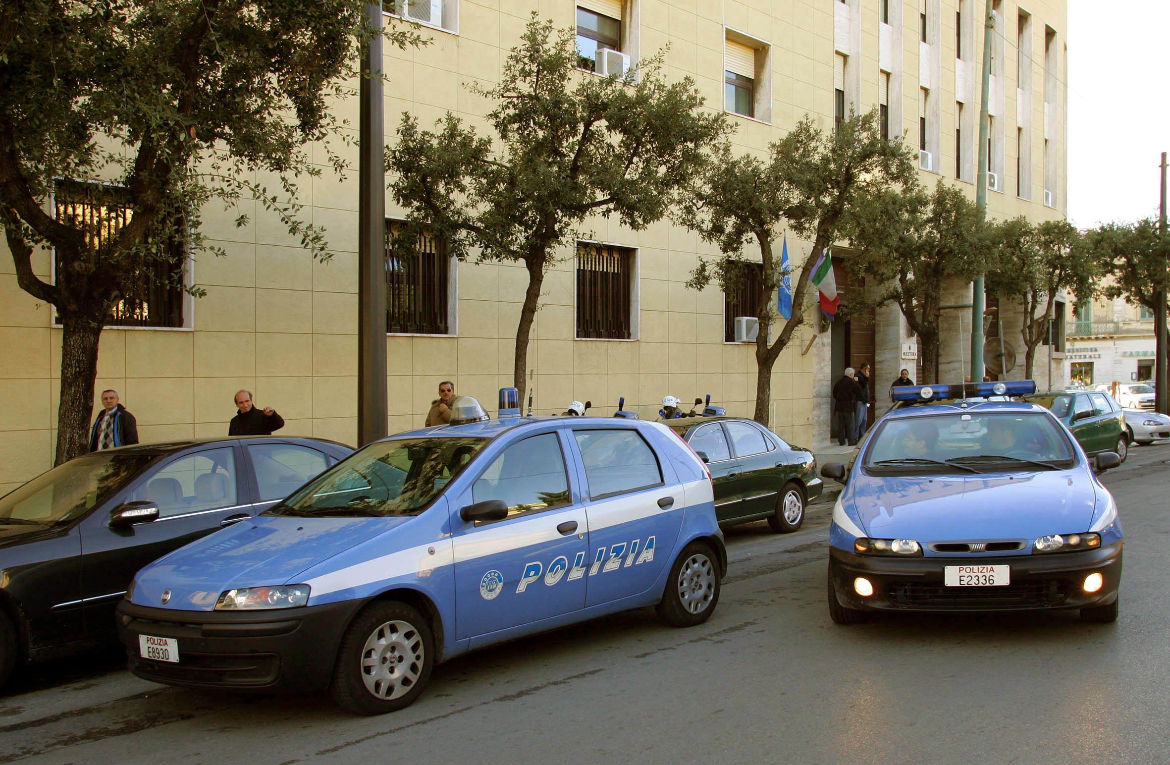 Droga:arresti Salento,hascisc da Marocco