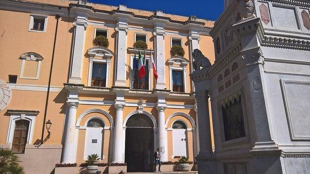 Fake news: 'colpito' sindaco Oristano