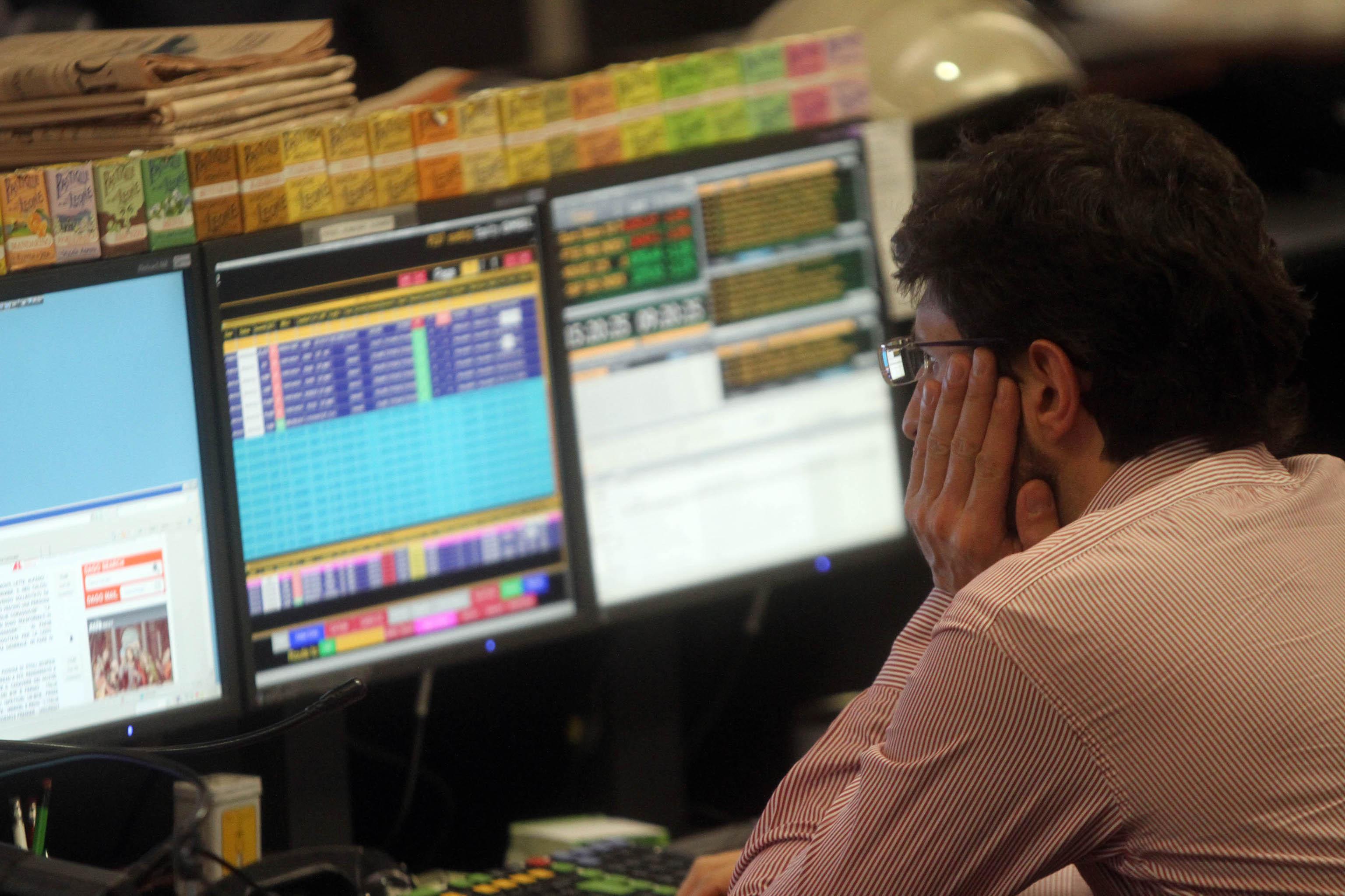 Borsa: Milano giù, bene Tenaris e Saipem