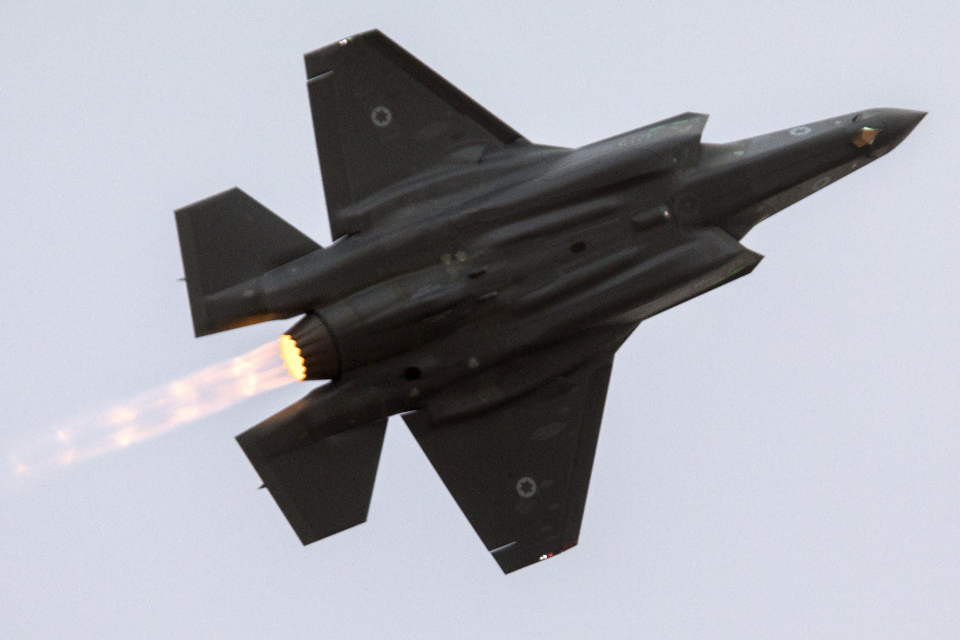 Esercito Siria, abbattuto jet israeliano