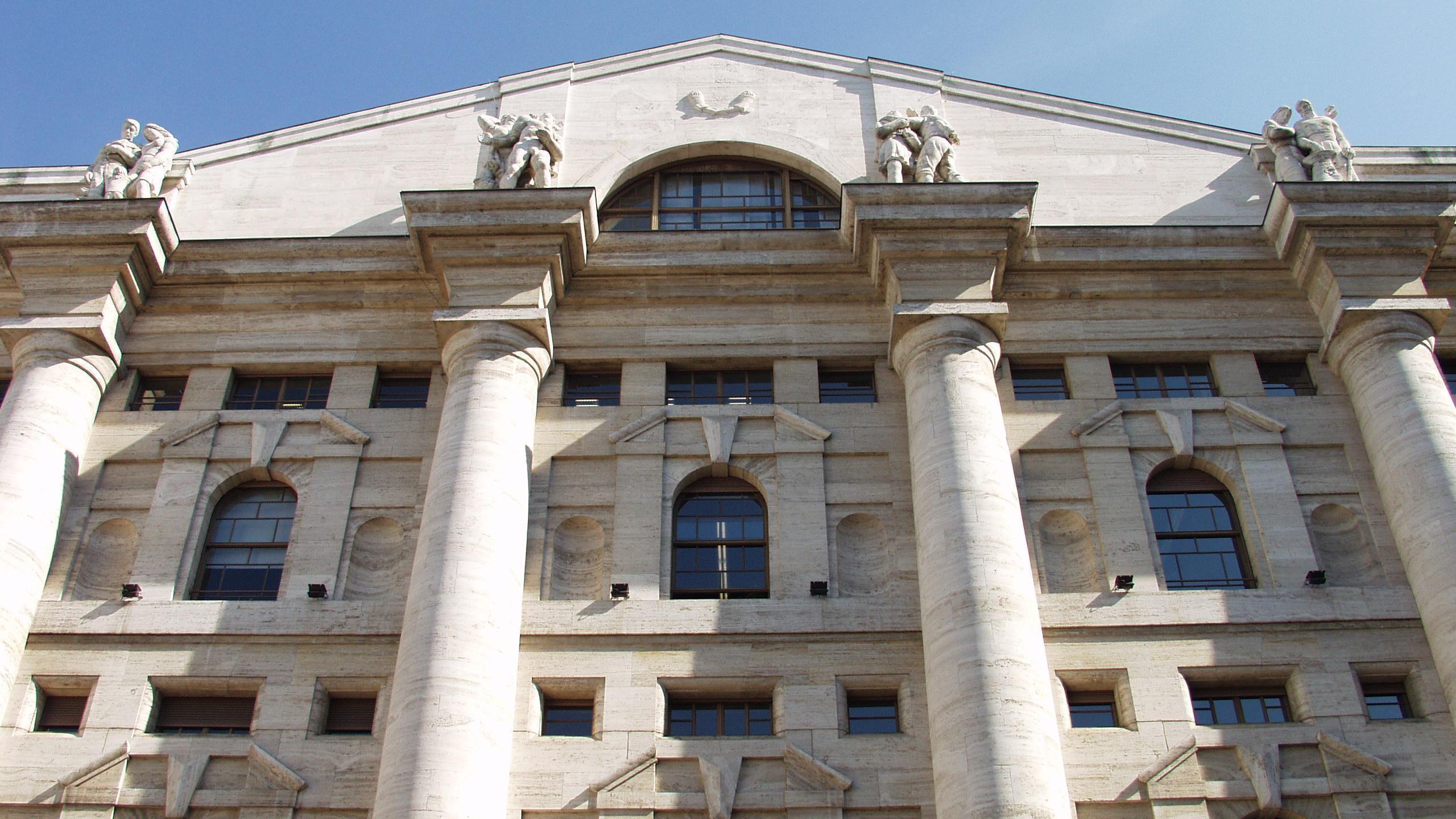 Borsa:Milano giù (-0,17%), Carige (+4%)