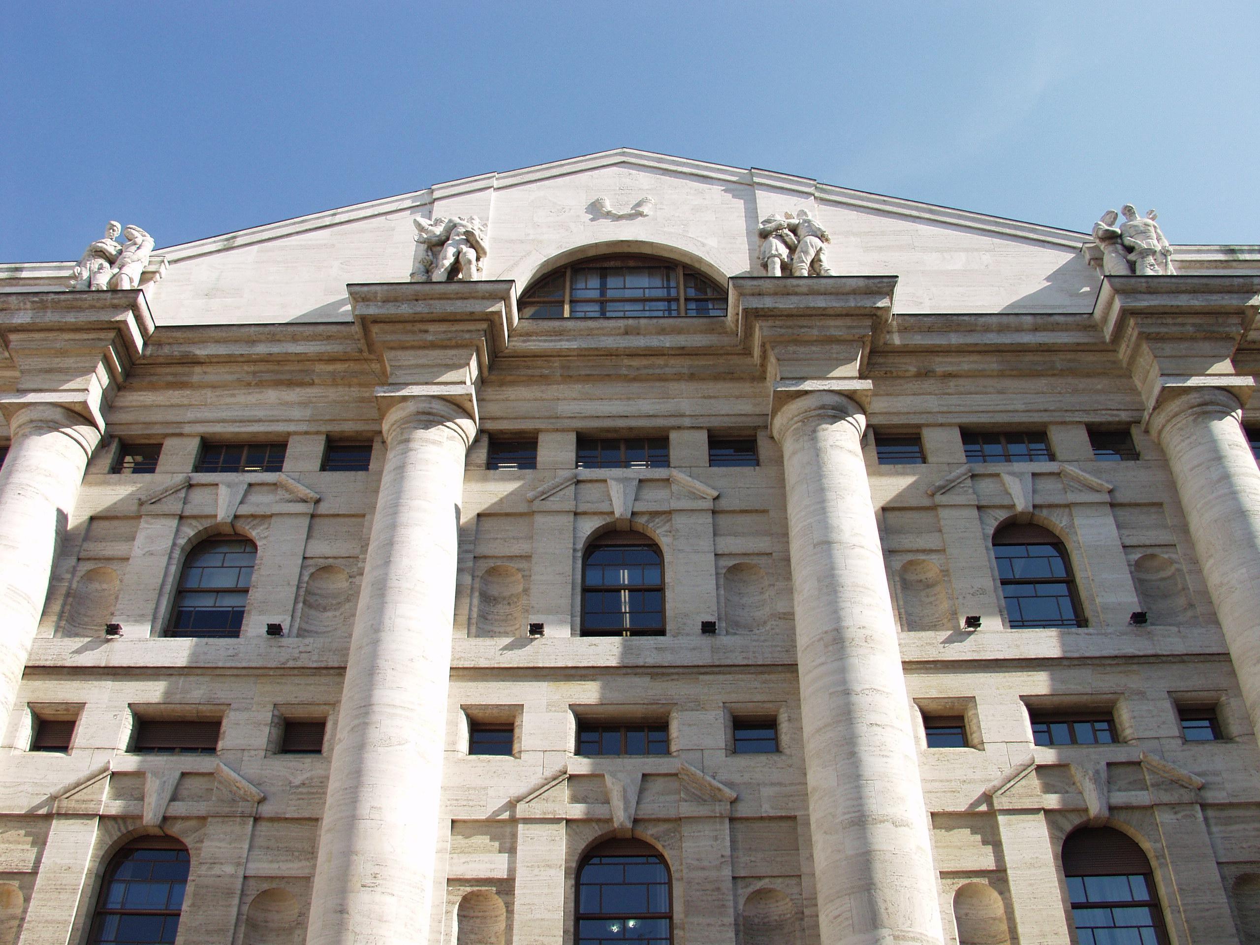Borsa: Milano chiude piatta, -0,04%