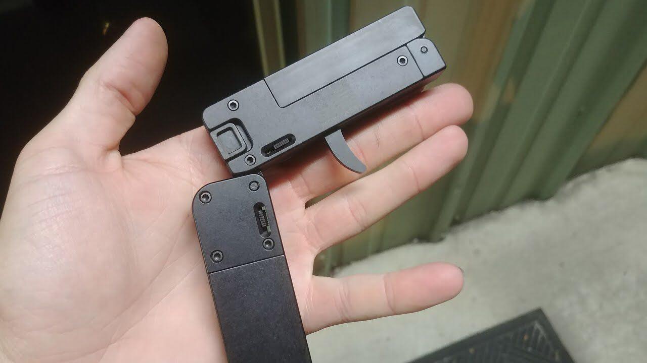 Allerta Polizia, mini-pistola in vendita