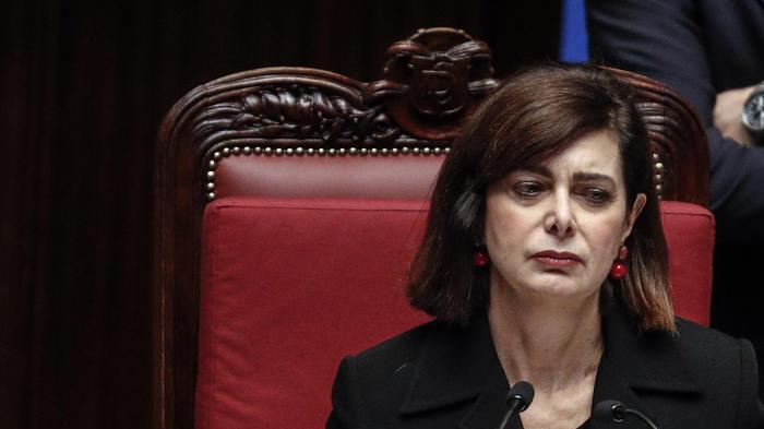 Boldrini: 'Chiudere pagine Fb che inneggiano a fascismo'