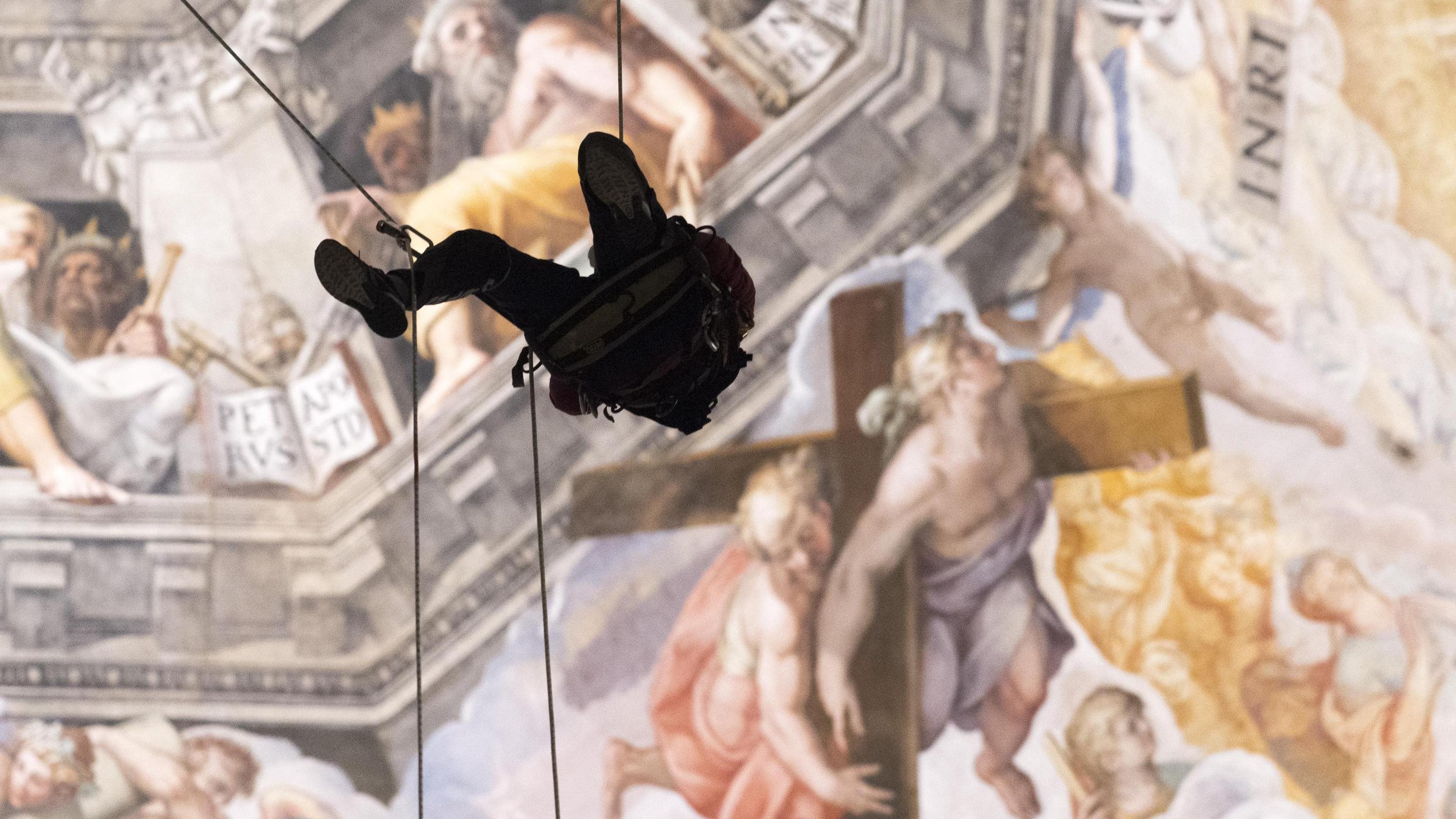 """Duomo Firenze, verifiche con """"acrobati"""""""