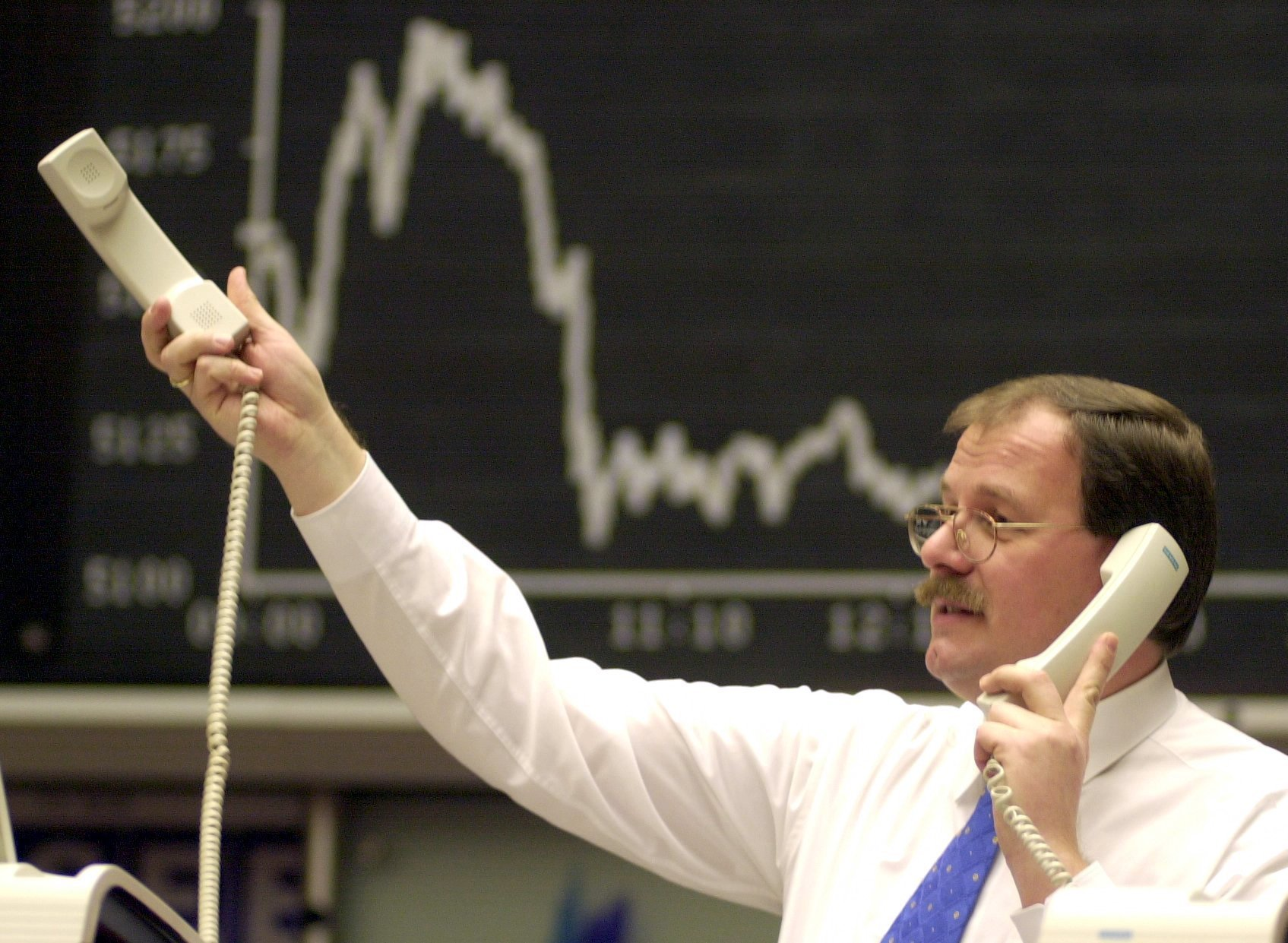 Borsa: Europa resta rialzo,Milano +0,22%