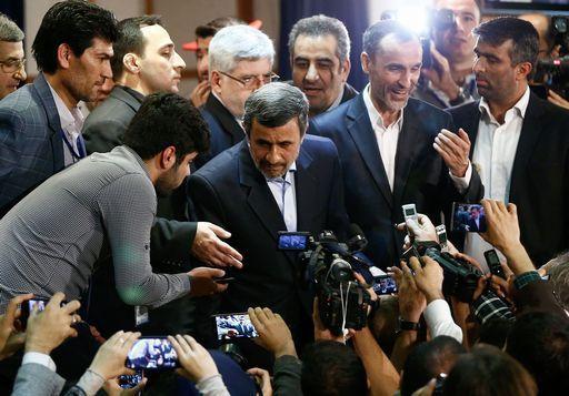 Ahmadinejad arrestato in Iran per avere istigato la rivolta