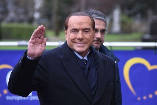 C'è anche Berlusconi nel libro che ha fatto infuriare Trump