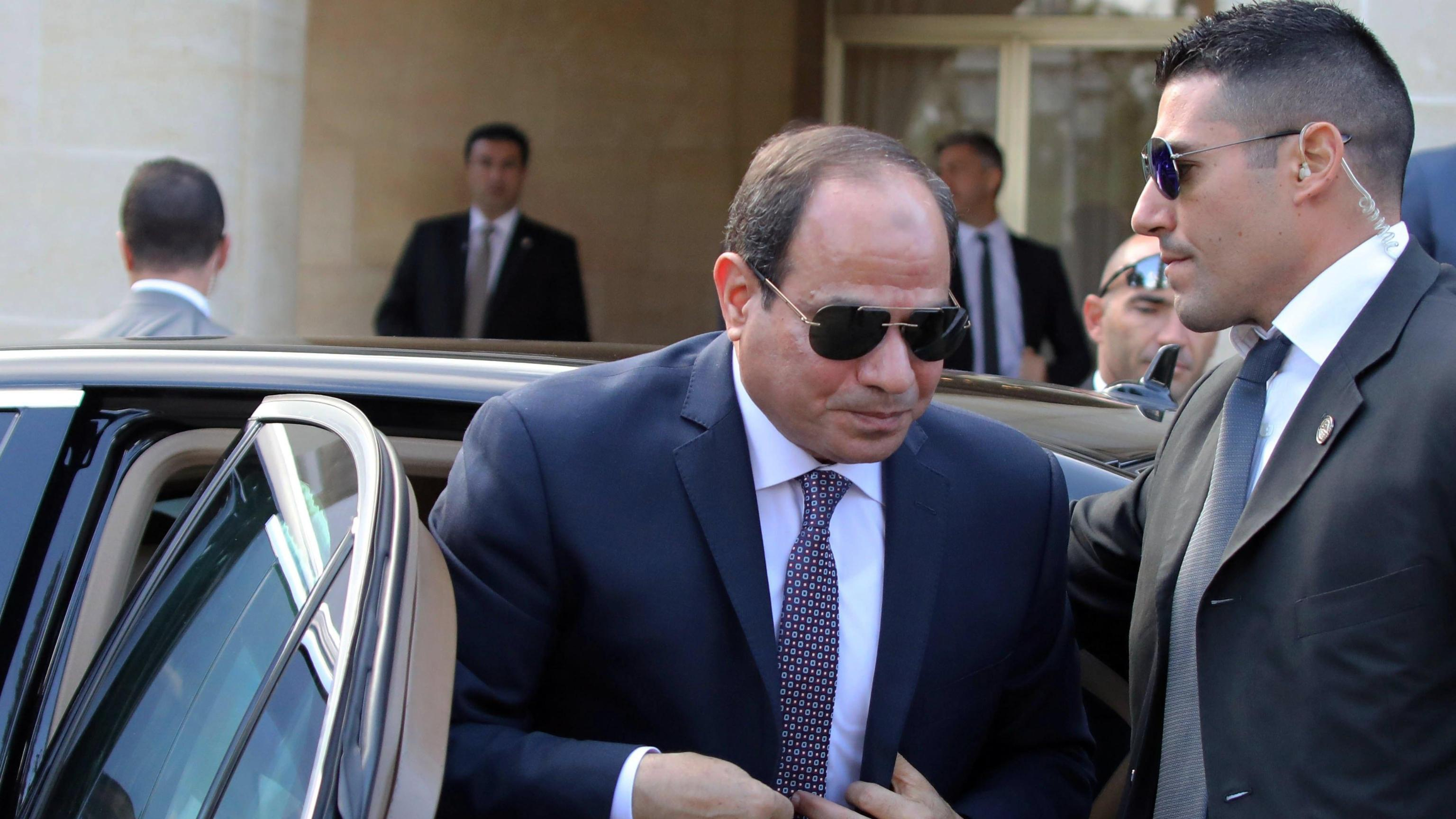 Egitto: due candidati sfidano Sisi