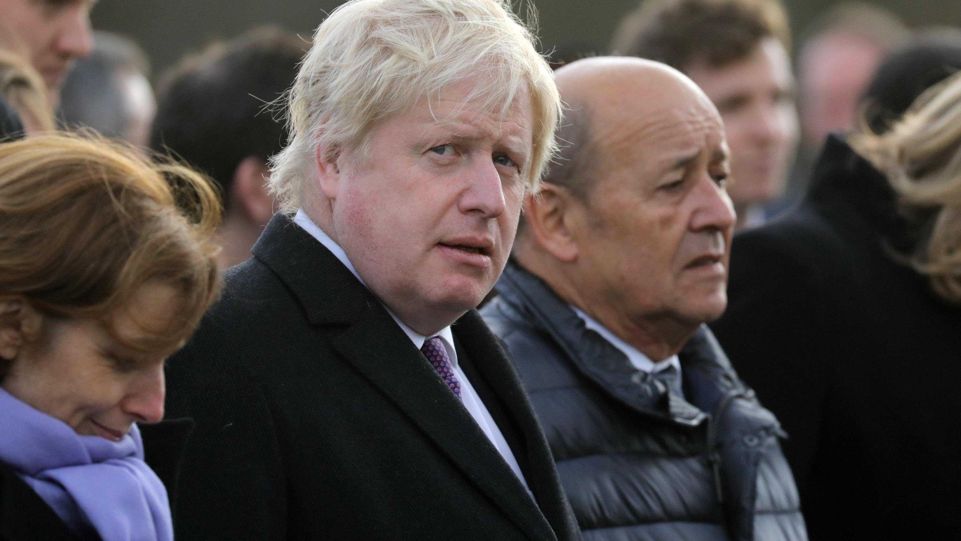 Johnson rilancia idea ponte sulla Manica