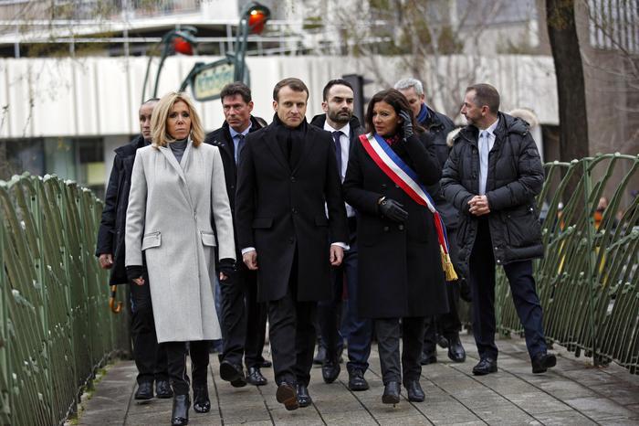 Charlie Hebdo, tre anni fa la strage. Parigi ricorda