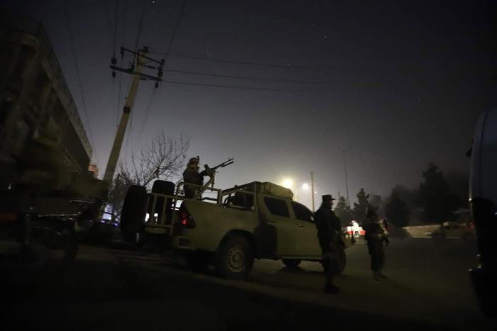 Attacco all'hotel di Kabul, 'morti 14 stranieri e 4 afghani'