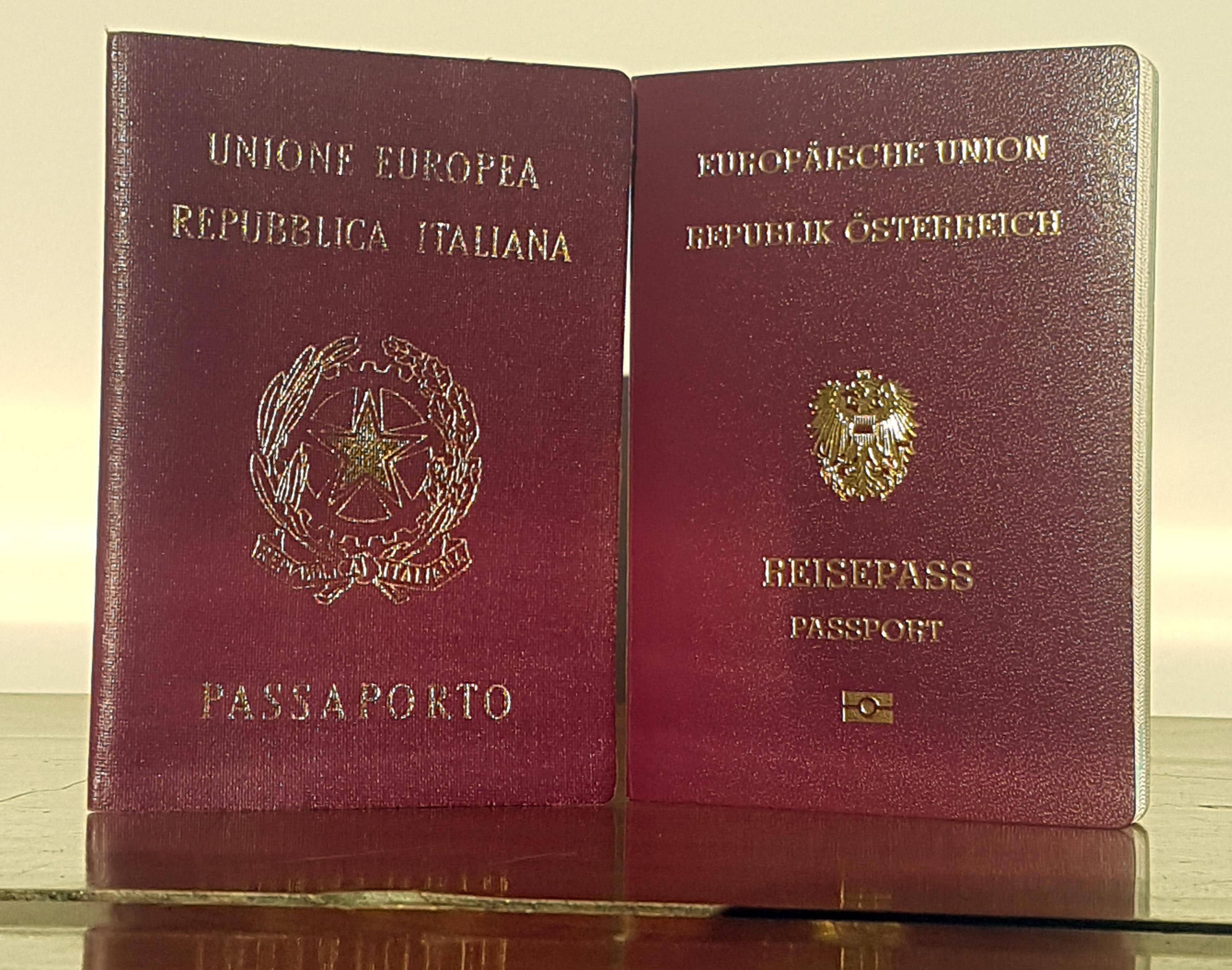 Alto Adige,commissione doppio passaporto