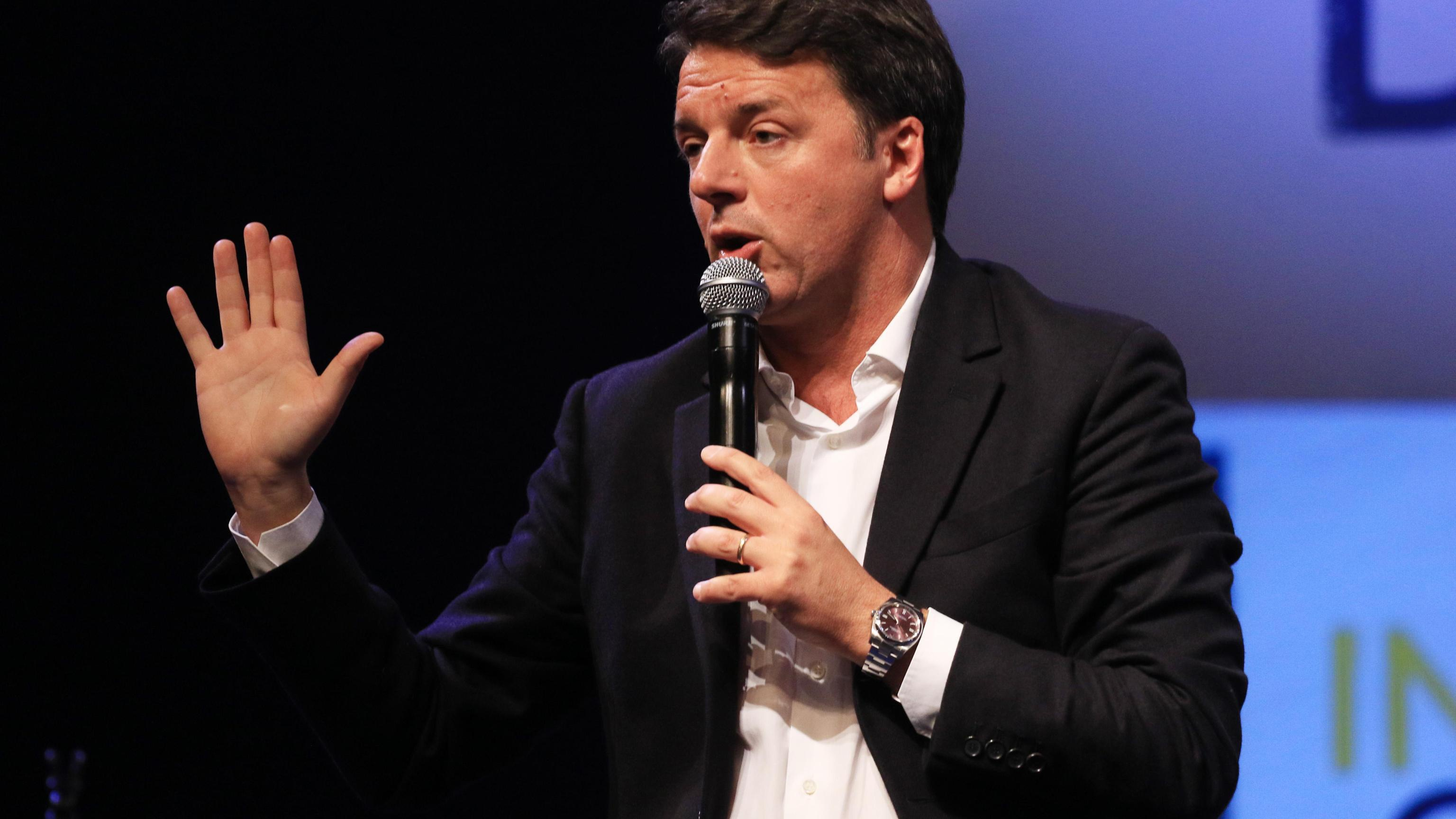 Renzi, destra su vaccini va indietro