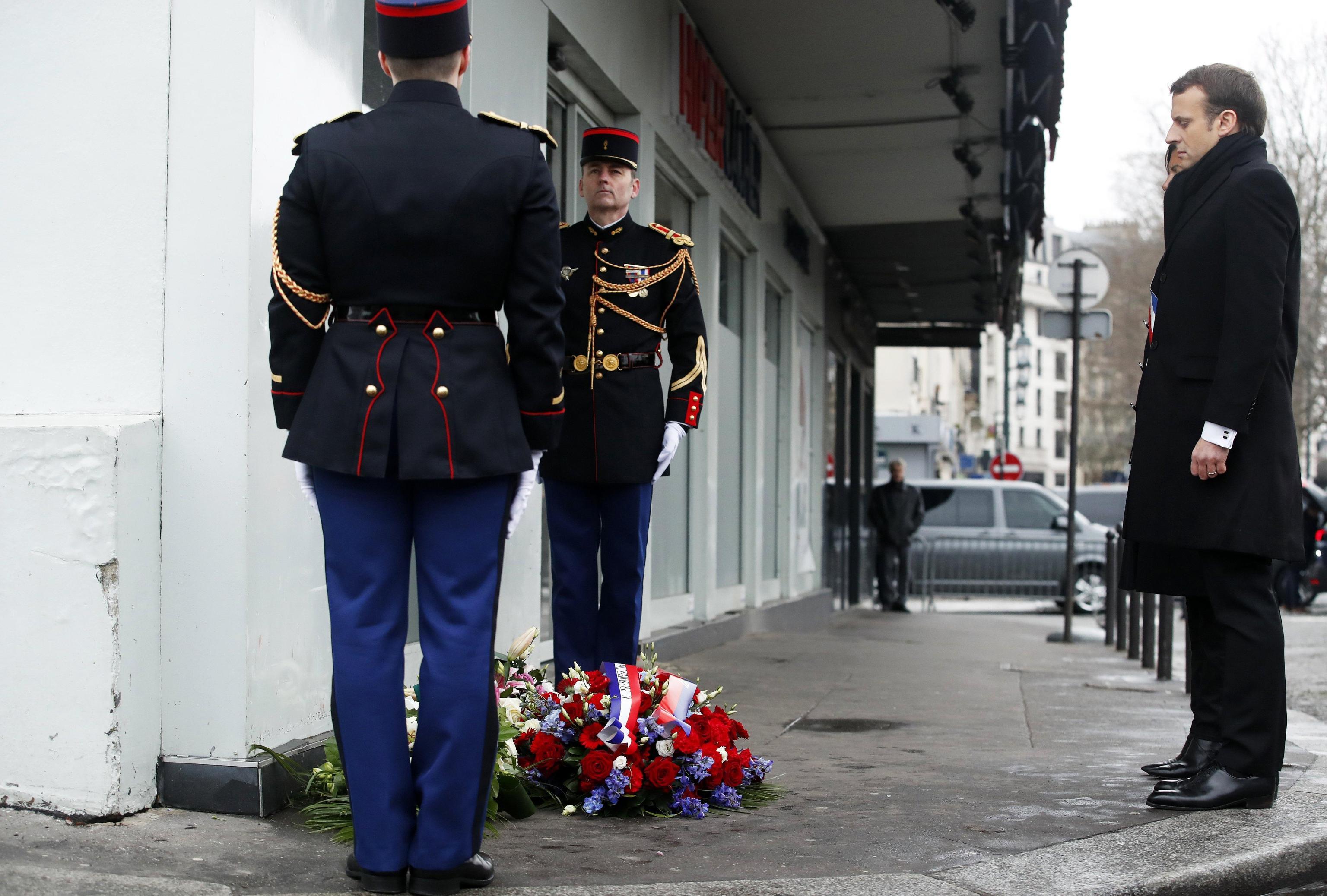 Charlie Hebdo: commemorazioni a Parigi
