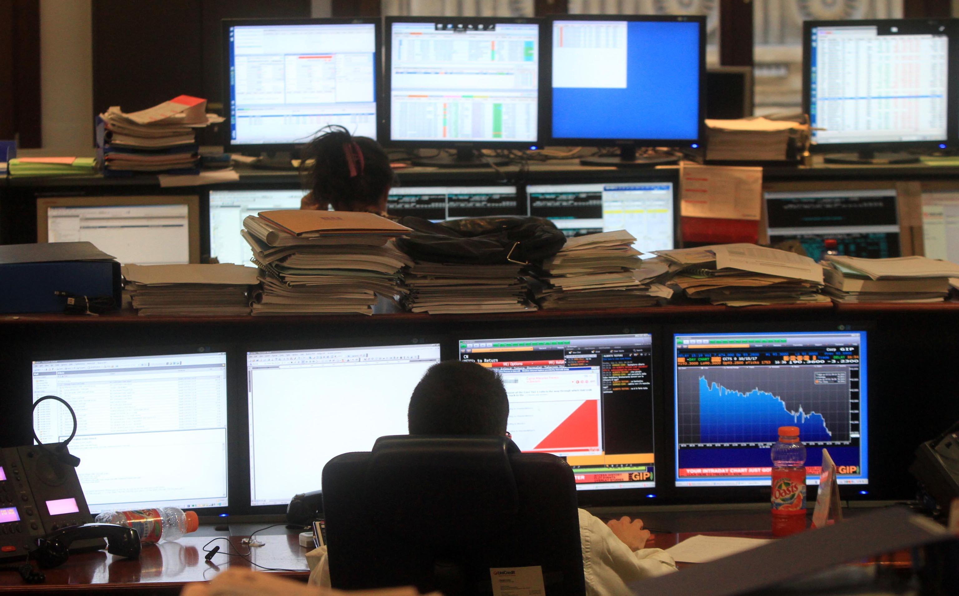 Borsa:Milano in rialzo +0,5%, corre Fca