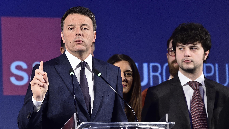 Renzi, sfida è tra noi e il M5S