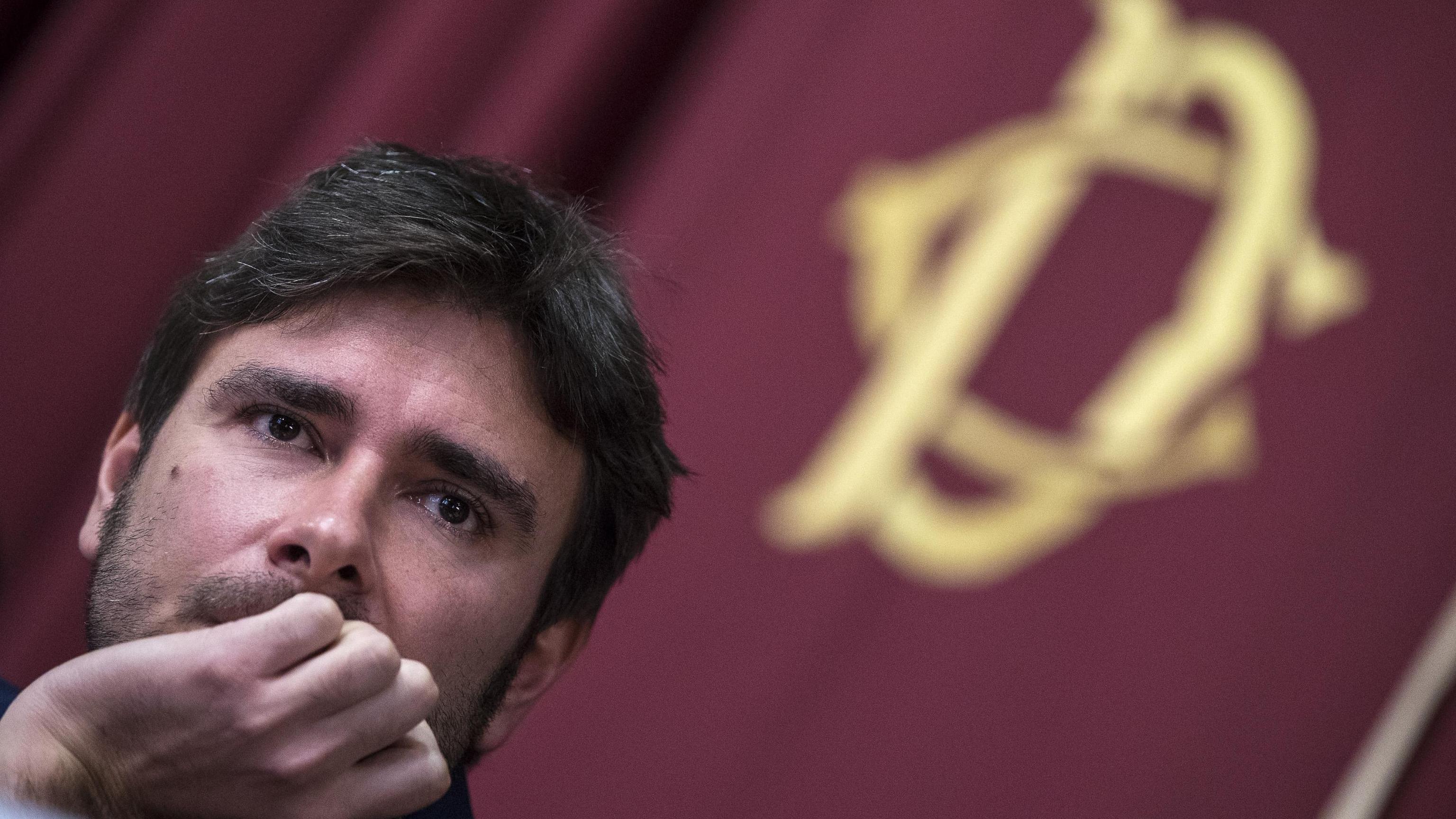 Di Battista, referendum consultivo euro