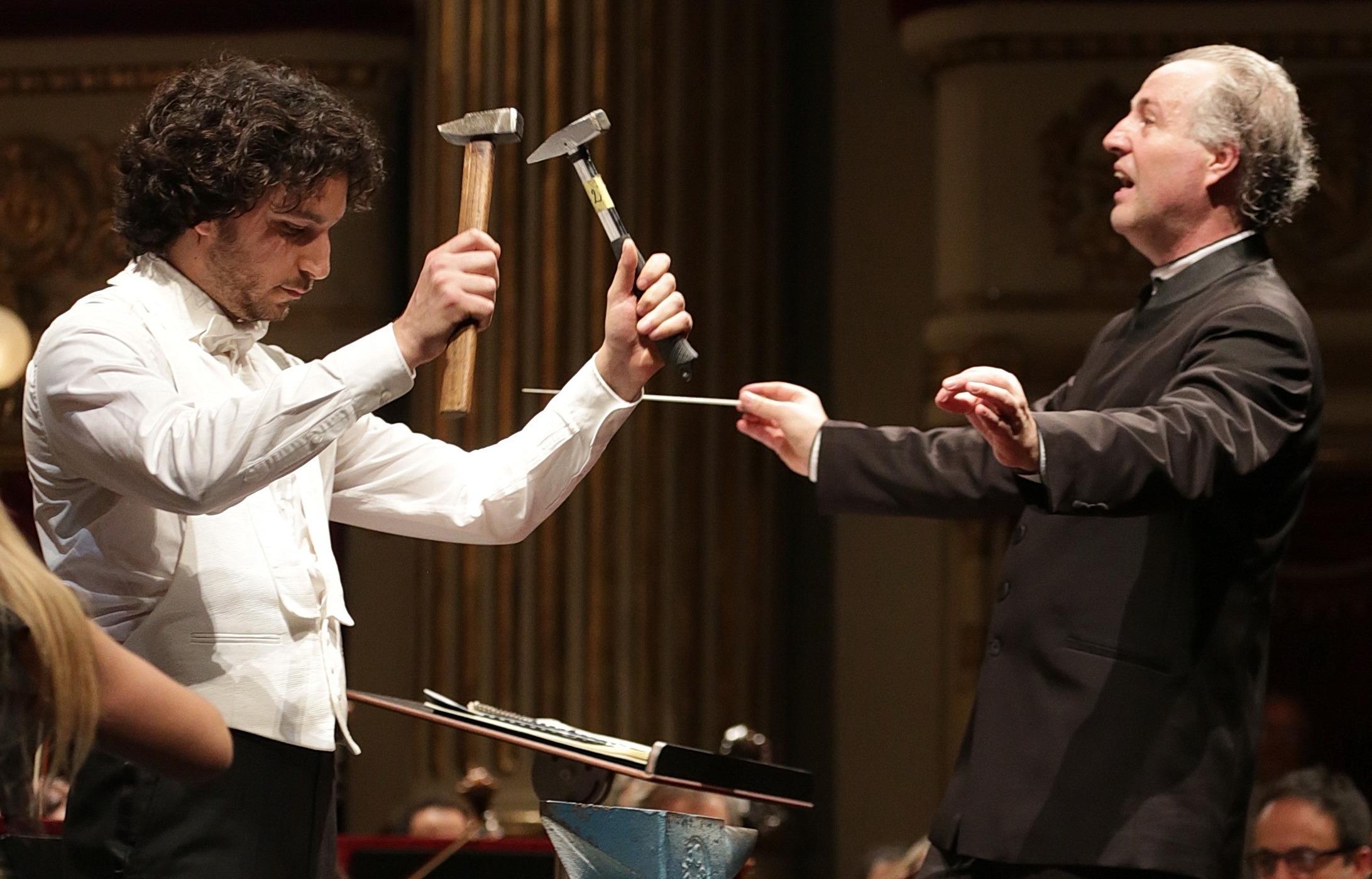 A Scala concerto viennese con sorprese