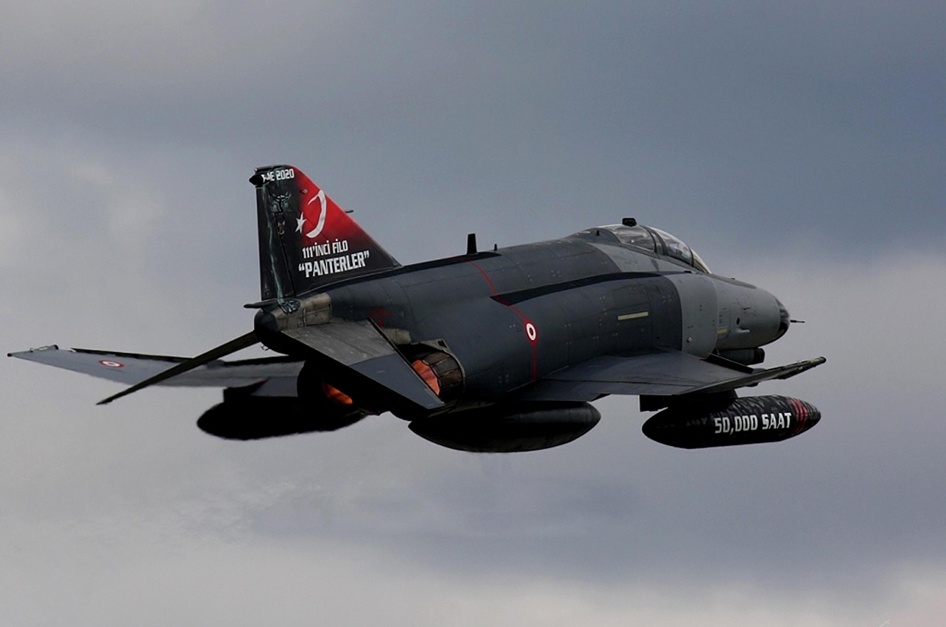 Siria, abbatteremo aerei turchi