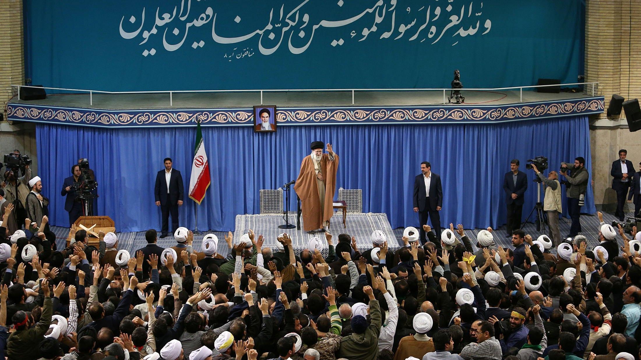 Accordo per investimenti Iran fino 5 mld
