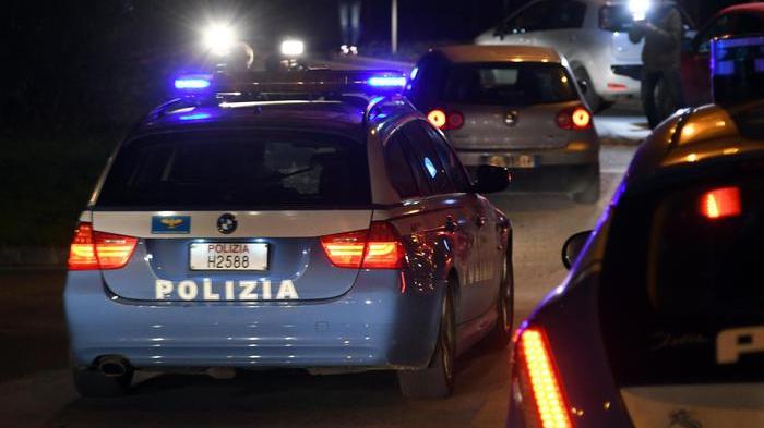 Agguato a Roma, uomo ucciso con un colpo di pistola