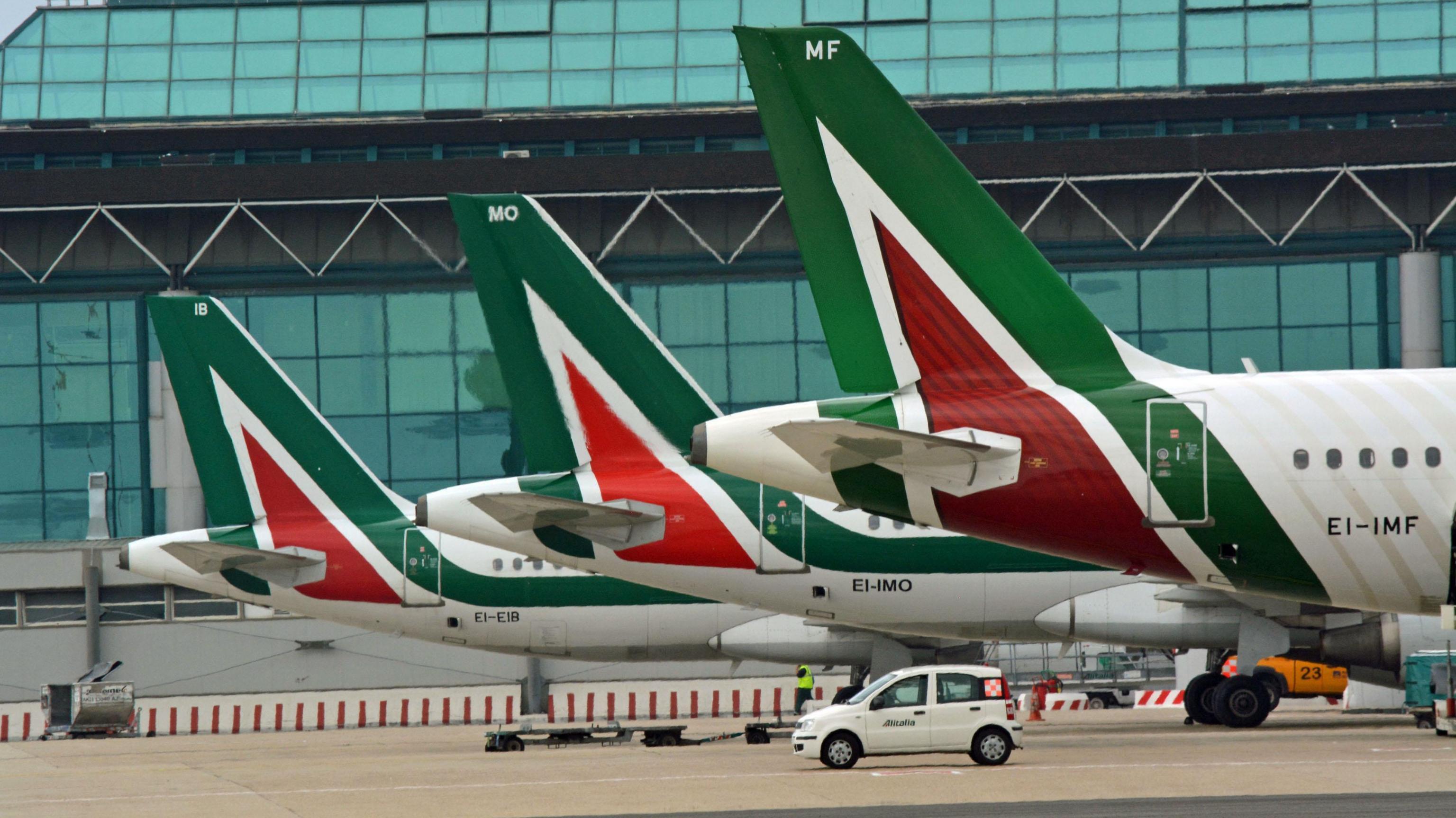 Alitalia: sospende voli Roma-Pechino