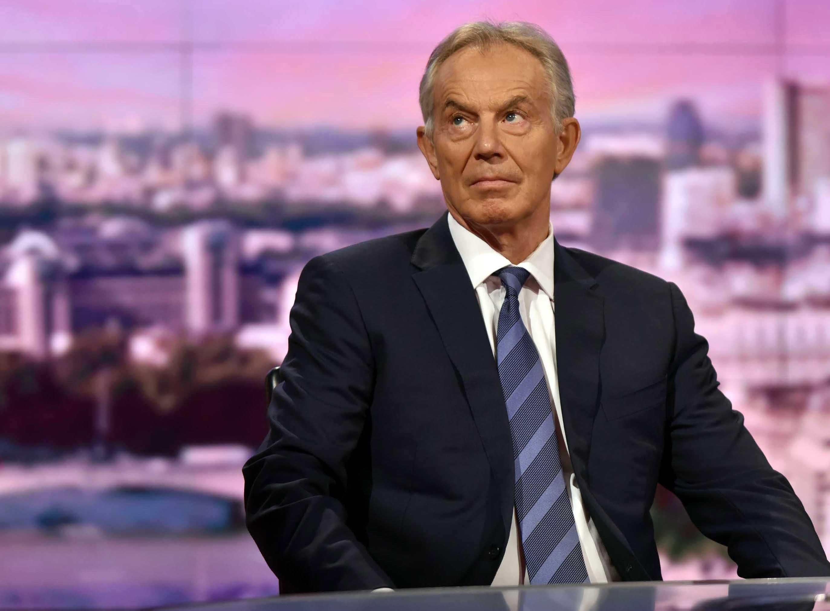 Libro, Blair allertò Trump spionaggio Gb