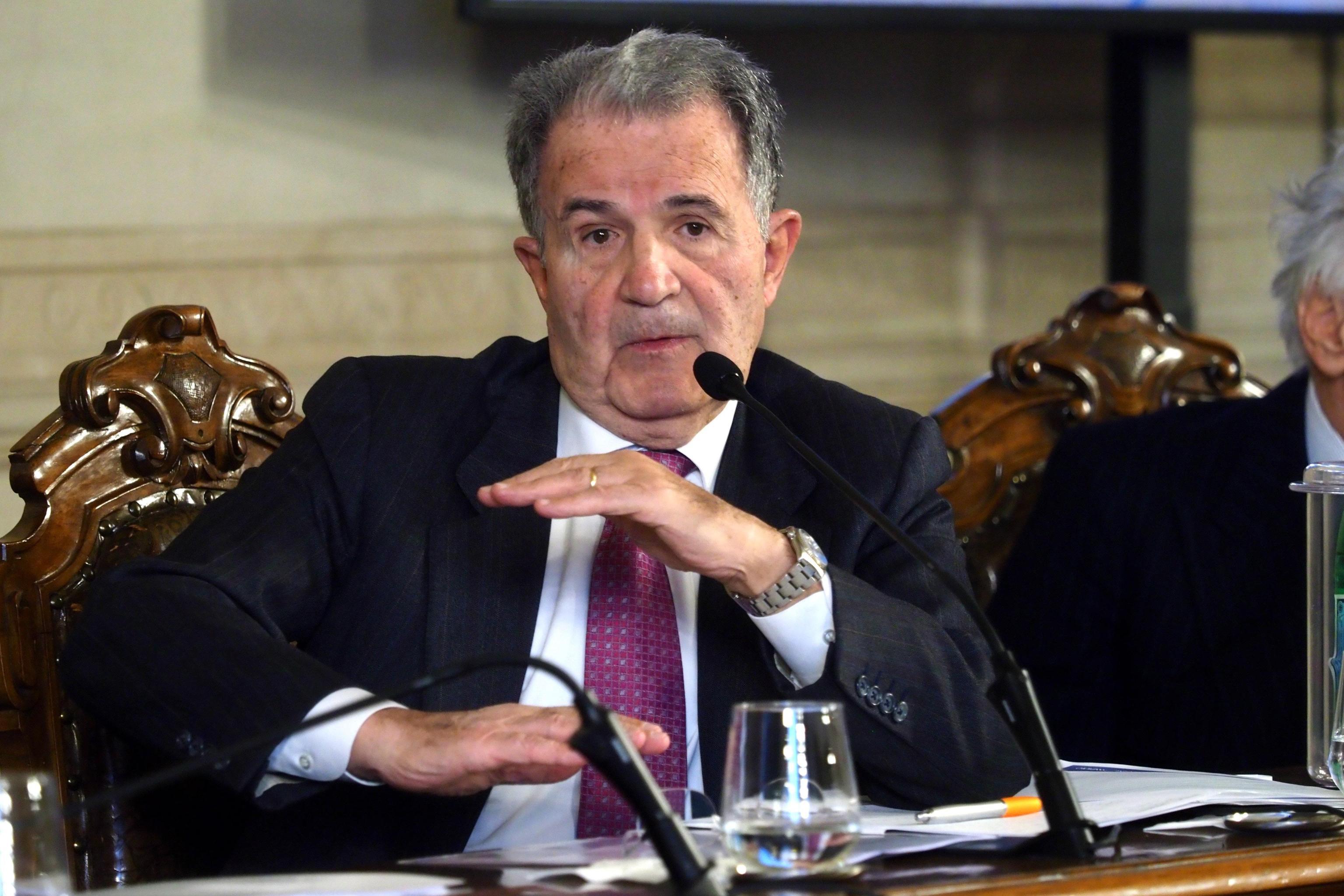 Prodi, da Berlusconi accuse surreali