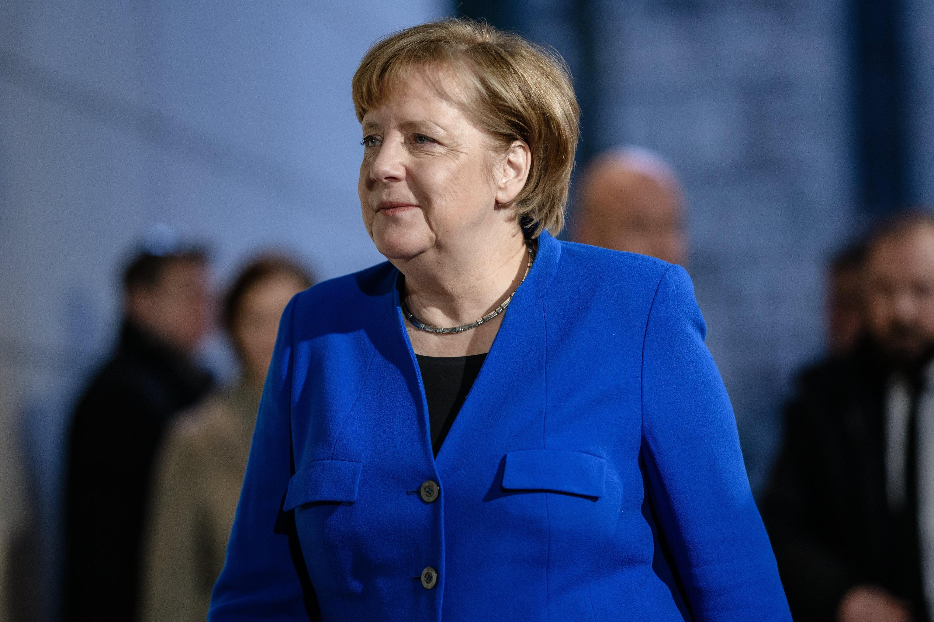 Merkel, ho lavorato per governo stabile