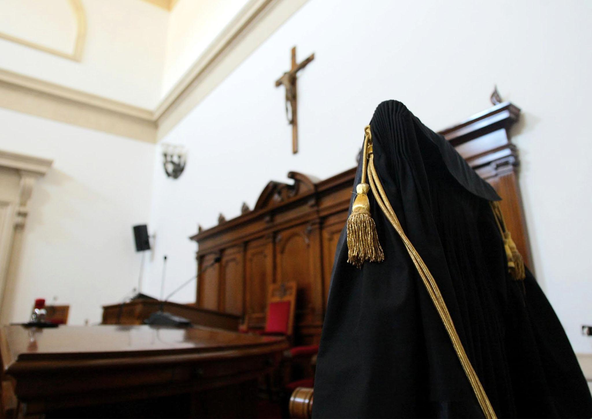 Turbativa asta: in carcere giudice Pisa