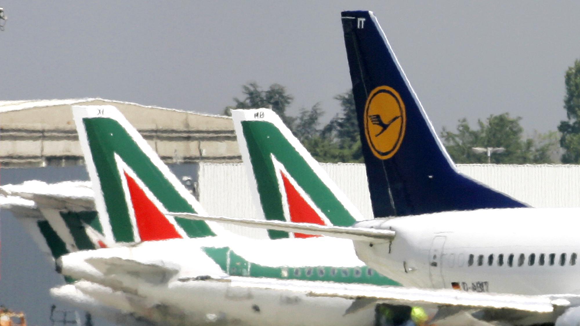 Alitalia:Lufthansa a Calenda,prima tagli