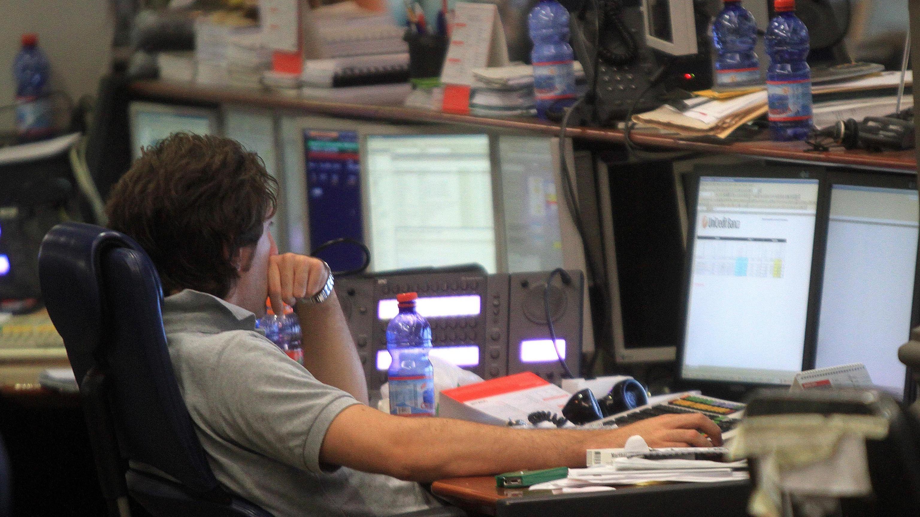 Borsa Milano chiude in rialzo, +0,66%