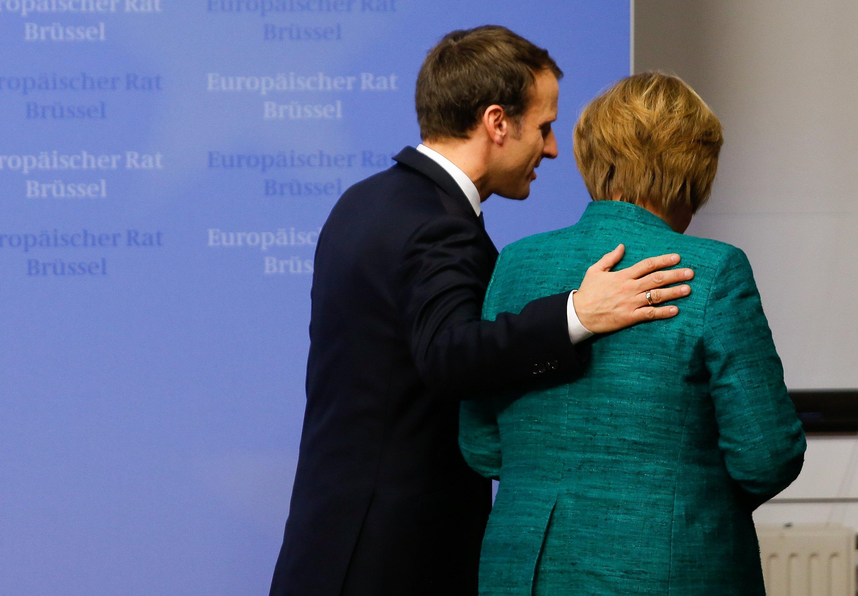 Venerdì Merkel all'Eliseo da Macron