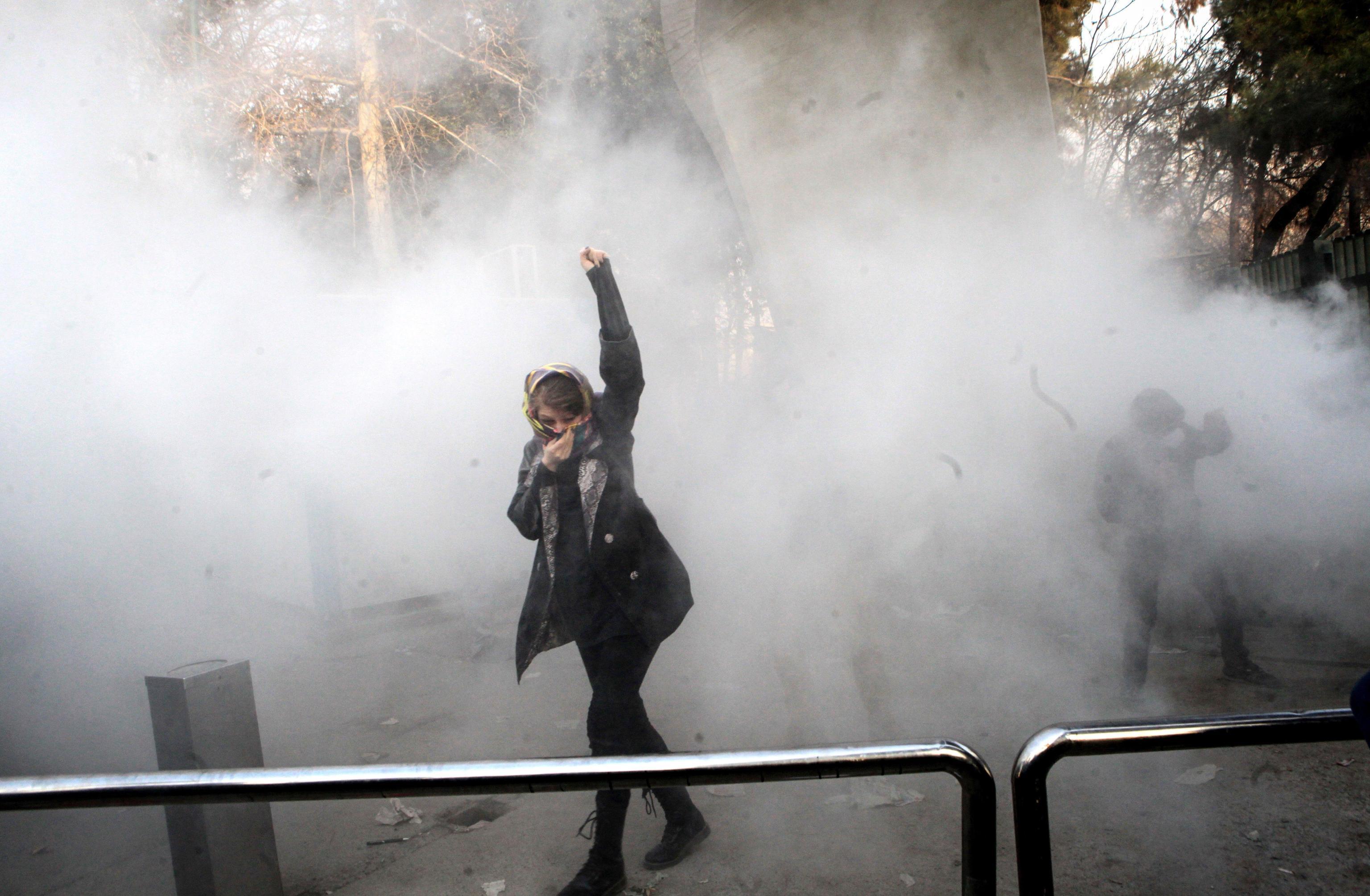 Iran: Tv Stato, 9 morti durante la notte