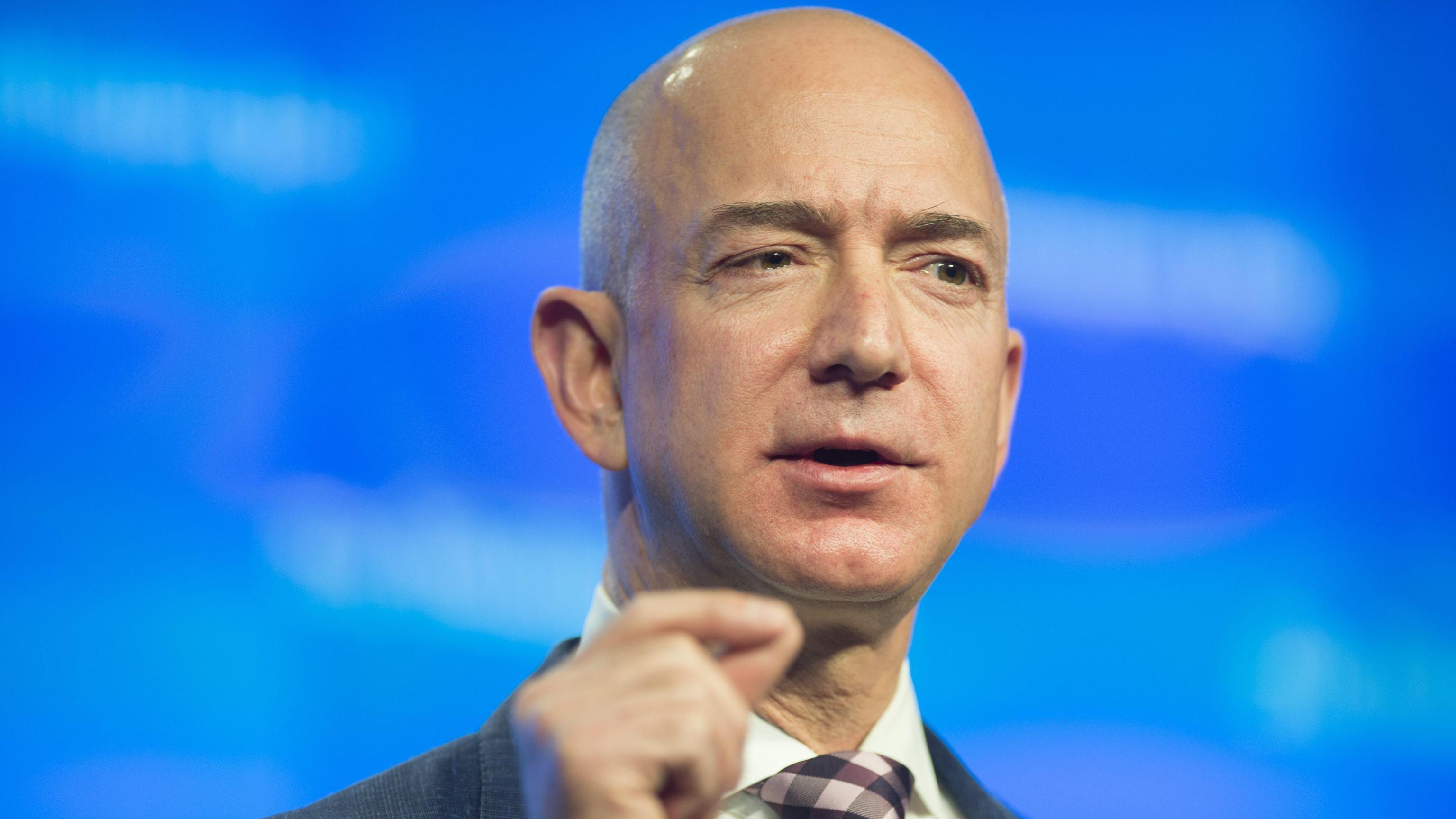 Usa: Bezos dona 33 mln a fondo dreamer