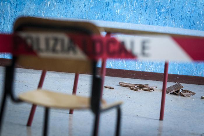 Cassazione: 'Sequestro per tutte le scuole a rischio sismico'