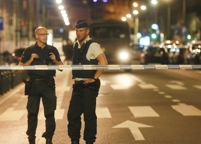 Esplosione ad Anversa, 2 morti C'è un italiano tra i 14 feriti