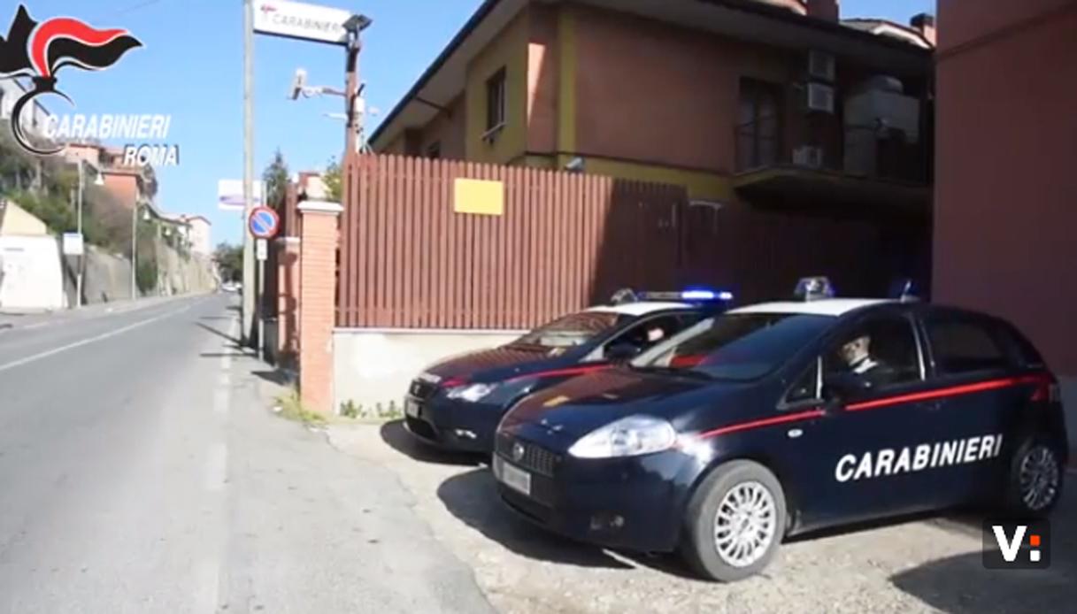 Coppia fermata al casello A1 Roma Nord con 3,7 kg di coca in auto