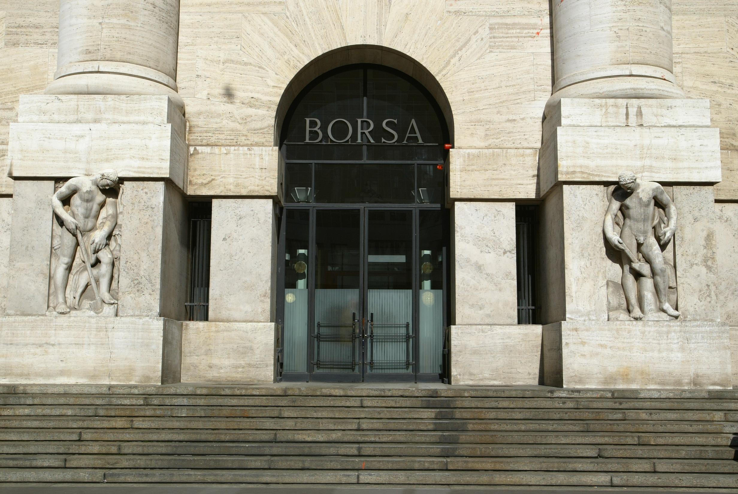 Borsa: Milano apre in rialzo (+0,21%)