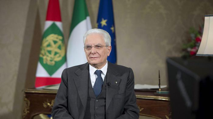 Mattarella, monito sul voto: 'Nessuno si chiami fuori'