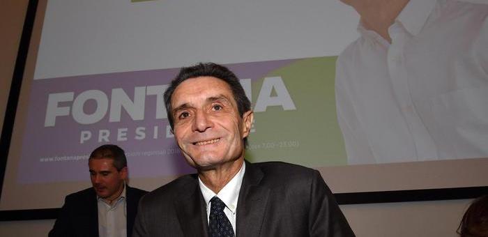 Lombardia, Fontana si scusa per la 'razza bianca'