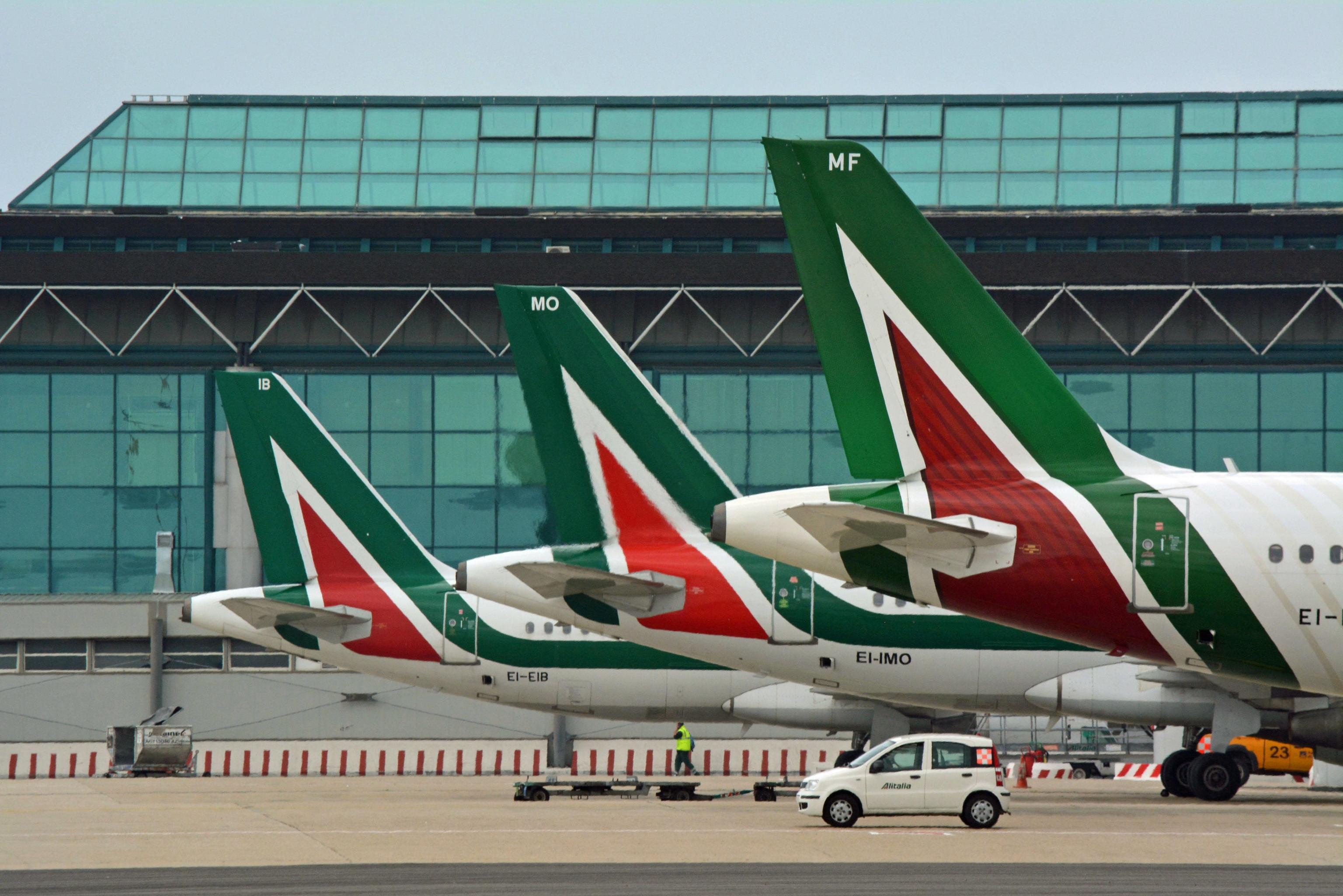 Alitalia:Calenda,presto offerta migliore