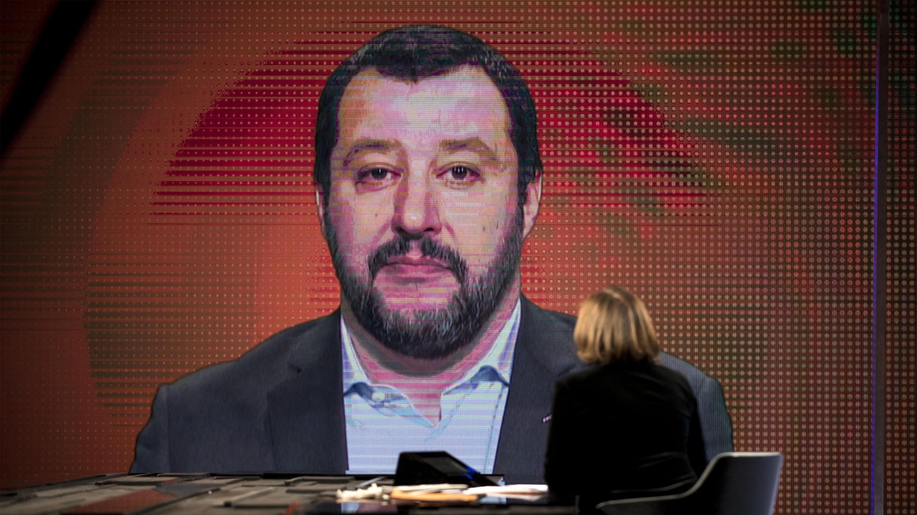 Moscovici: Salvini, intrusione burocrate